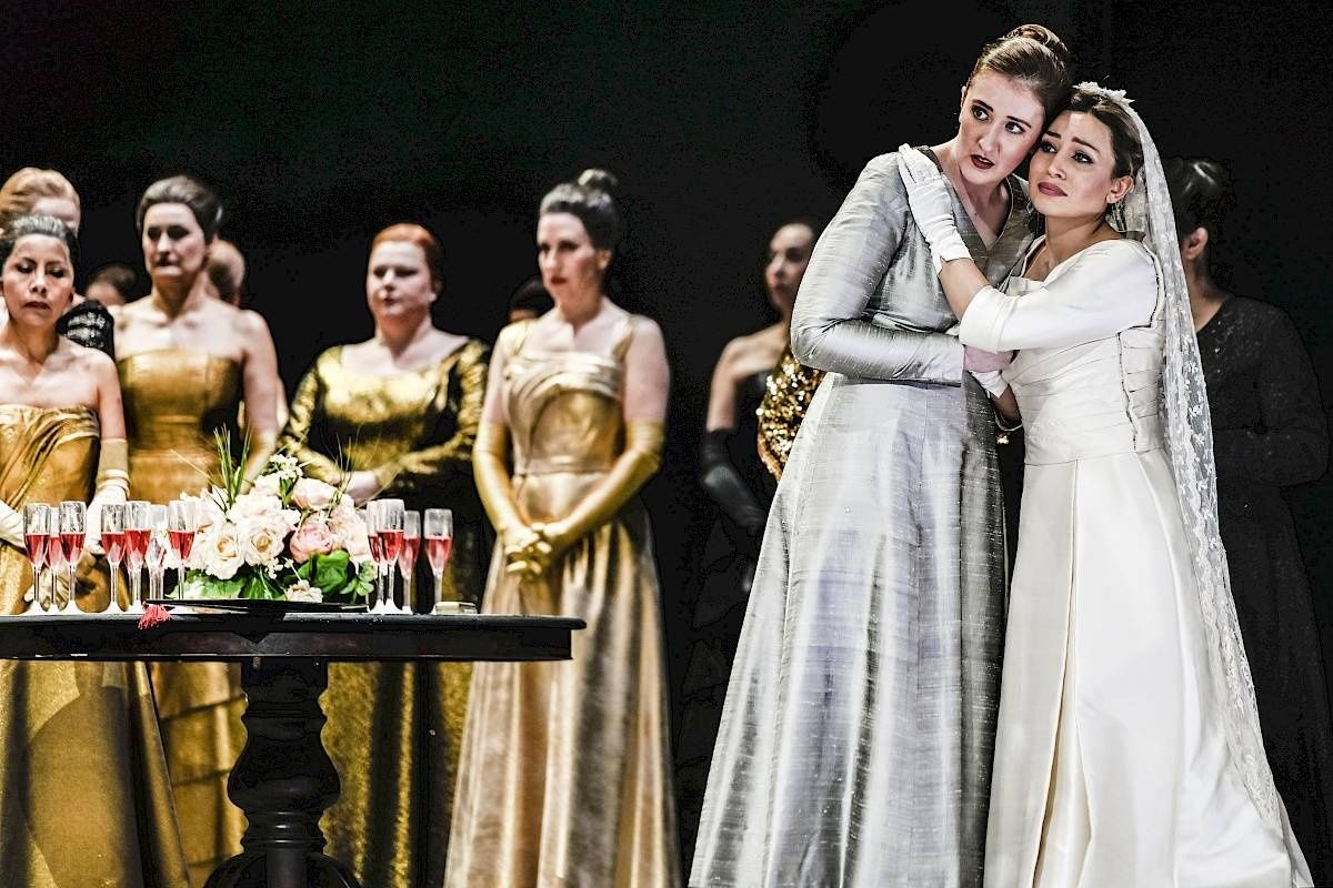 Gemma Ní Bhriain / Lucia di Lammermoor / Alisa / Opernhaus Zürich © T+T Fotographie