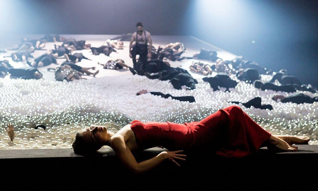 Camille Schnoor / King Arthur / Staatstheater am Gärtnerplatz Munich © Marie-Laure Briane