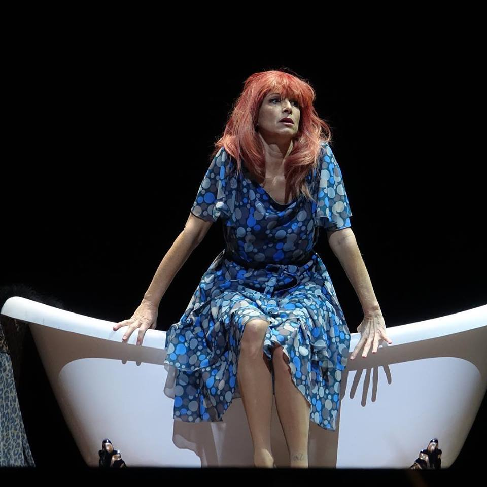 NICOLA BELLER CARBONE chante Anna dans Les Sept Péchés capitaux à Wiesbaden